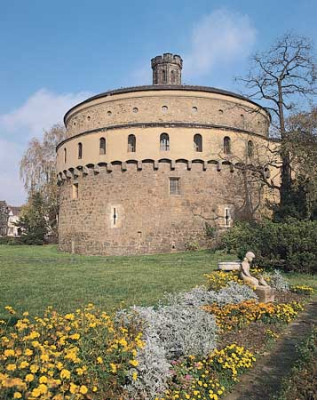 round tower about 1517